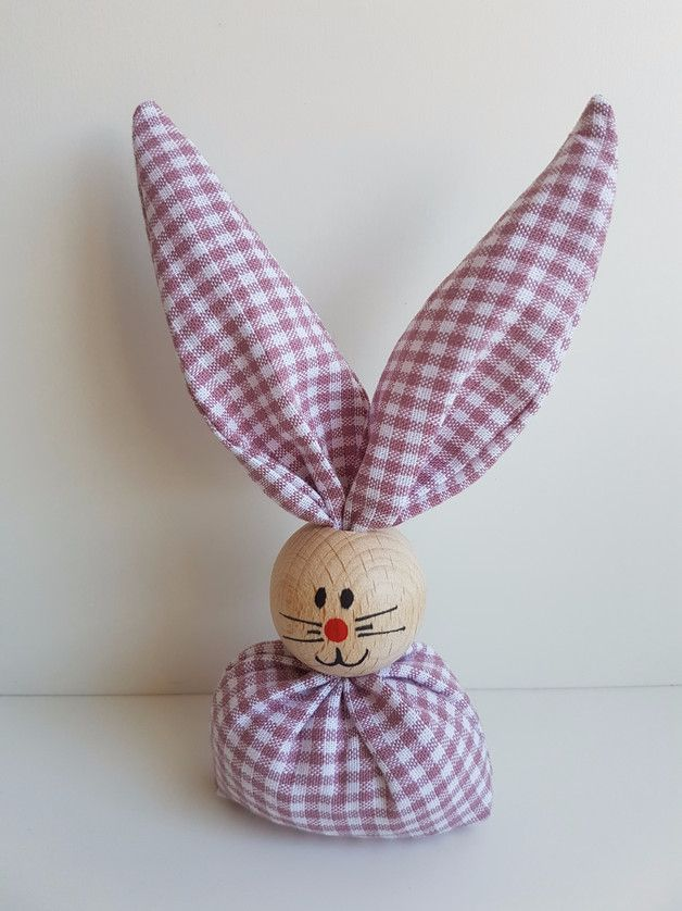 Hübsche Osterdeko: Osterhase aus Holzkugel und Stoff/ Easter decor: wooden Easter bunny made by Wood & Wool Concept via DaWanda.com