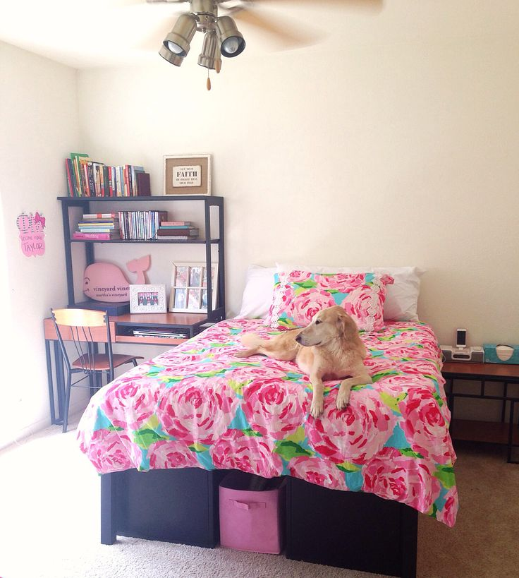 My new bedroom!! Lilly pulitzer bedding! Taylorstorrer
