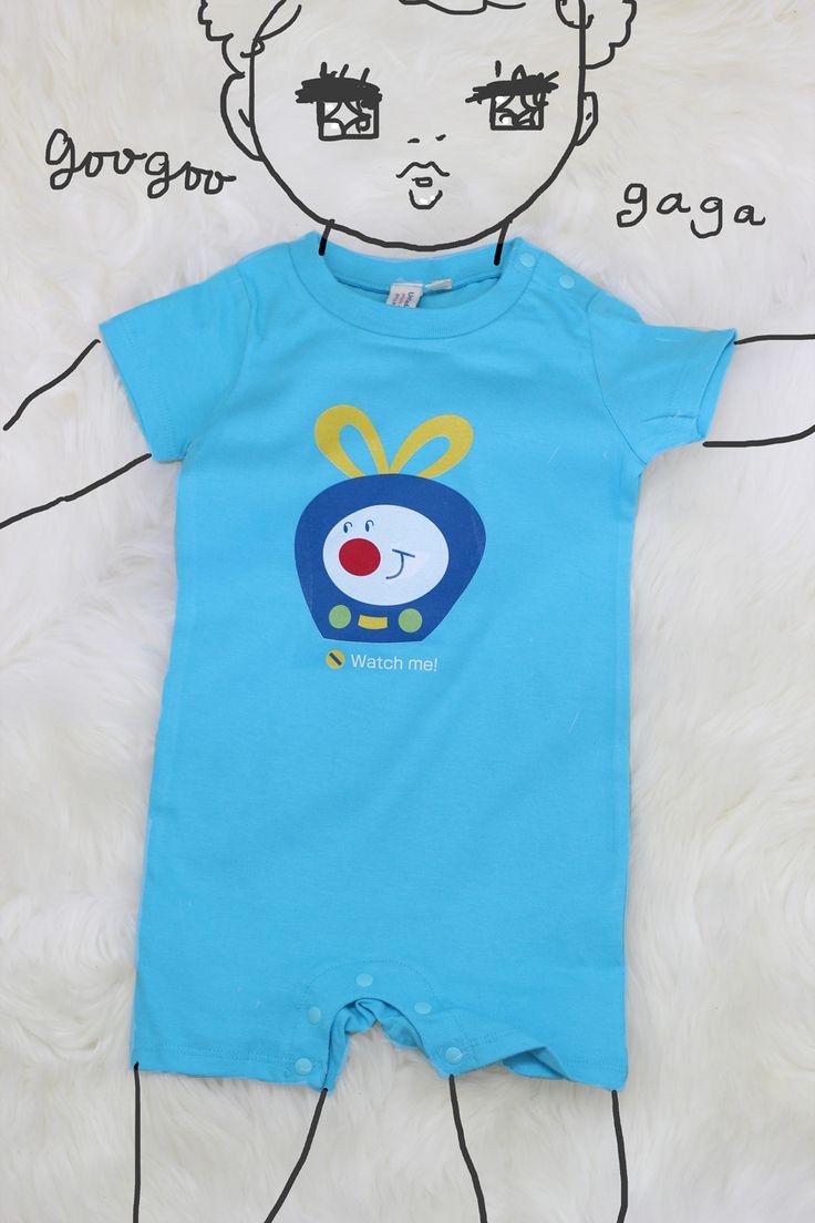 I love babies very much! Illustrator YASUKO draws these cute rompers's illustration. Today I wrapped them, and posted to my ex-assistant a gift for their baby! I like to draw a baby, too.  親友のイラストレーターのYASUKOさんのオンラインショップでこんなにかわいいロンパースを見つけました。すごくかわいかったので、元アシスタントさんの出産祝いにすることにしました。それにしても、赤ちゃんって本当にかわいいですね!赤ちゃん雑誌のイラストのお仕事も大好きです。
