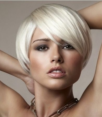 Ice blonde short hairtyle with long bang for women.PNG