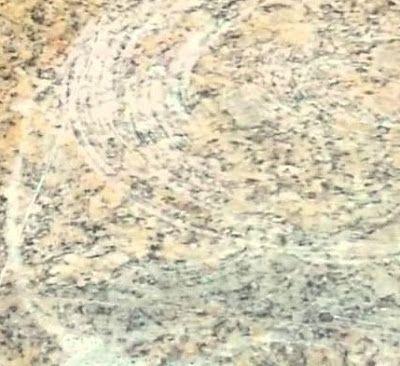 Crema abrasiva allo zucchero per lucidare e pulire marmo e altre pietre.