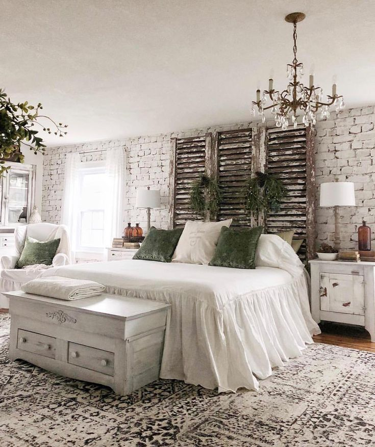 Oh my, my,my! This headboard is so beautifully rustic! ? @houseonwinchester has such a talent for decorating and we LOVE seeing her Instagram pop up on our feed! She's so inspiring and lovely! Check it out for yourself, we are sure you won't be disappointed!… #Decorsteals #decorstealsaddict #mydecorsteals www.decorsteals.com