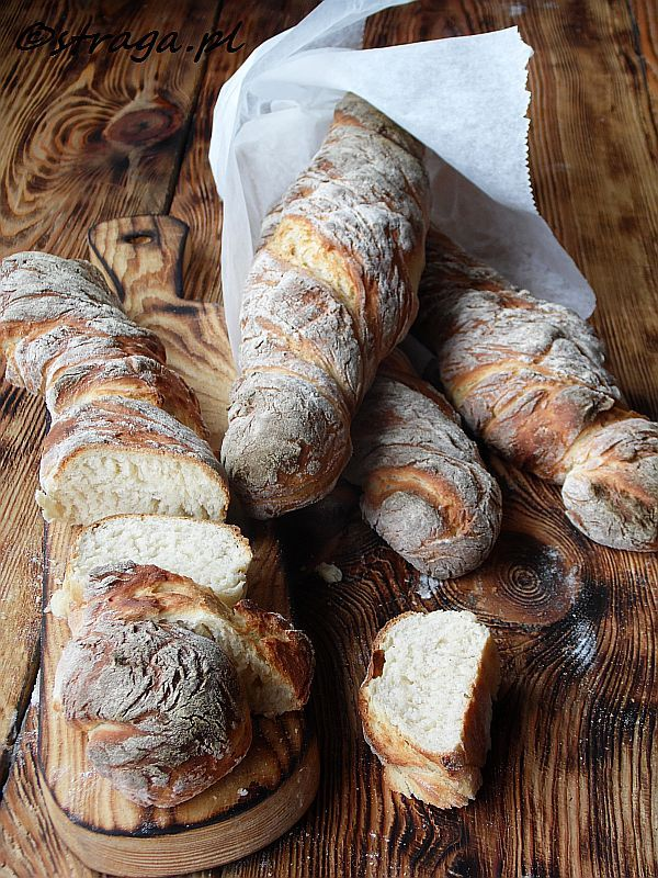 Bagietki pszenno-żytnie ekspresowe (rustykalne bagietki)