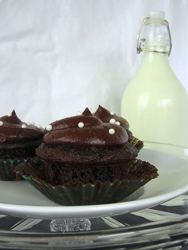 Chocolate Cream Cheese Cupcakes | My Heart is in the Shape of a Cupca ...
