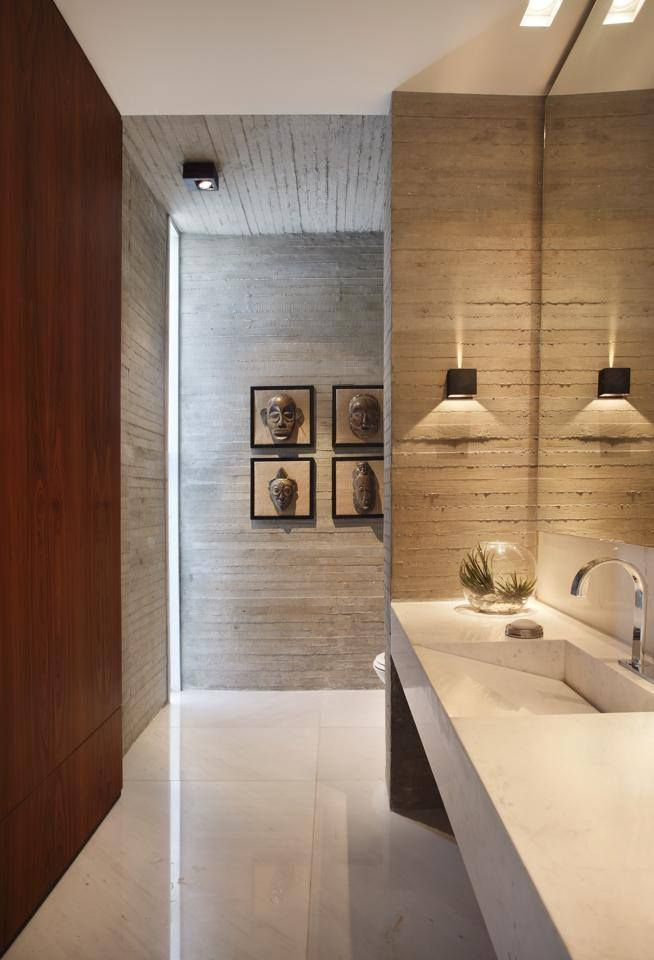Residência RP Wimbledon (Barra da Tijuca, RJ) / BC Arquitetos in.ex @bcaarquitetos @decaoficial #lavabo #restroom #lavatory #bathroom #lighting #wall #marble #concrete #wood #decor