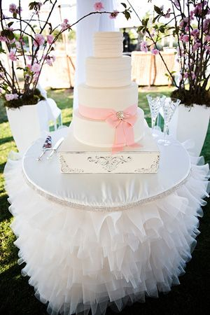Tutu fab wedding cake & cake table! Photo: http://pauljohnsonphoto.com/blog: Desserts Table, Gorgeous Cakes, Cakes Tables, Girls Birthday Parties, Tables Skirts, Ruffles Cakes, Bridal Shower, Cakes Stands, Baby Shower