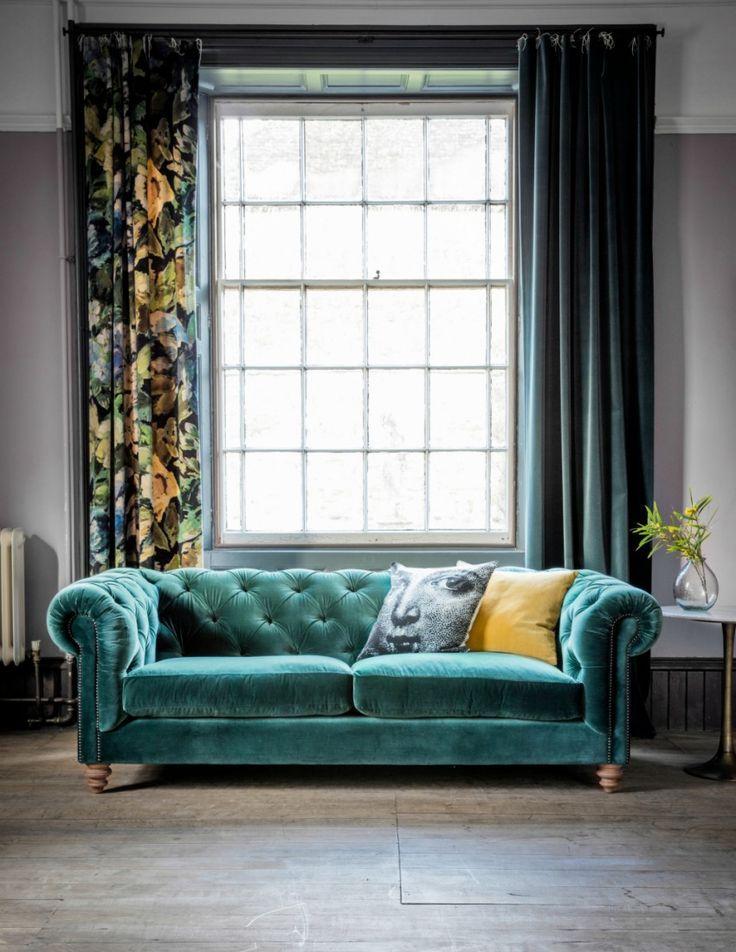 Albert Velvet Chesterfield Sofa – In 17 Farben und 2 Größen erhältlich