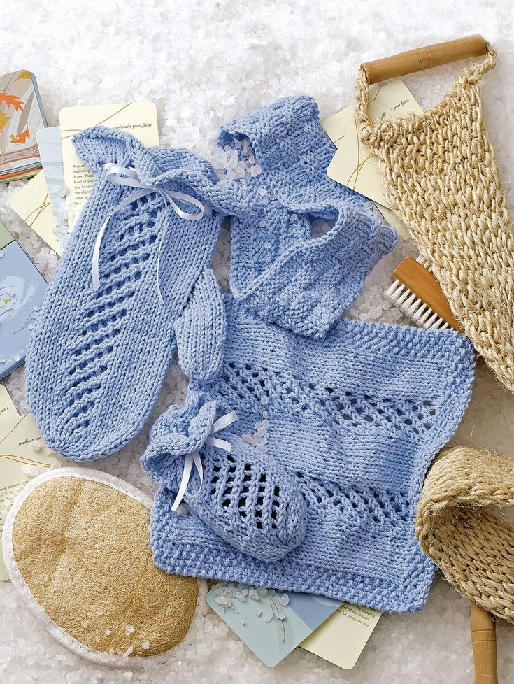 Spa & Bath Sets to Knit - For a thoughtful gift of relaxation, knit a spa set for a friend -- or for yourself. Each of the 5 sets in Spa & Bath Sets to Knit has an adult-size bath mitt, drawstring soap sack, and facecloth. All are knit in soft cotton worsted weight yarn using knitting needles sizes 5 and 7. There also is a headband that coordinates with any of the sets. The 5 sets by Rhonda White are called Refresh (featuring a lacy diamond border), Paradise (diamond lace pattern)…