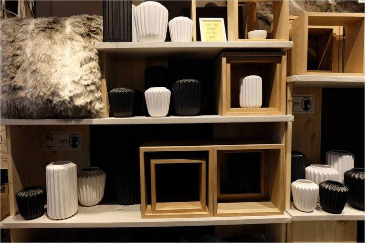 les 25 meilleures images du tableau les soeurs grene lyon la d co danoise petit prix sur. Black Bedroom Furniture Sets. Home Design Ideas