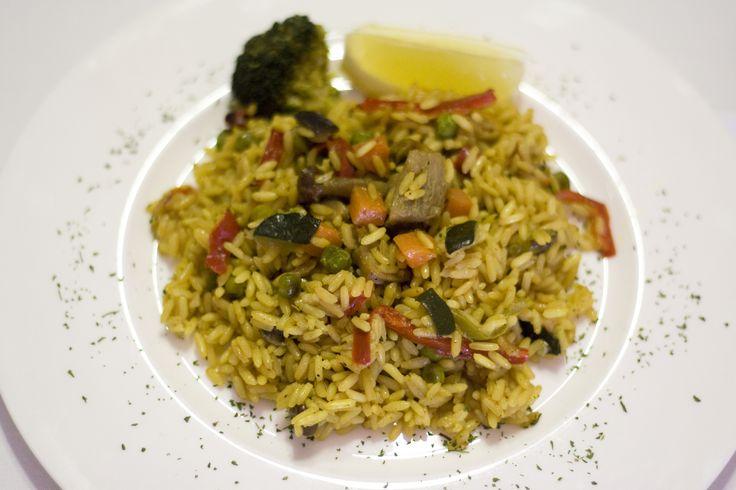 Arroz con Curry, verduras y pollo. www.restauranteespadana.es en la Ribera del Duero.