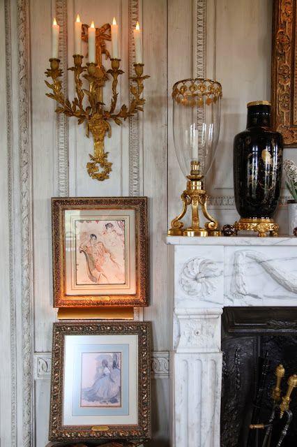 New York living room of Howard Slatkin. Habitually Chic®