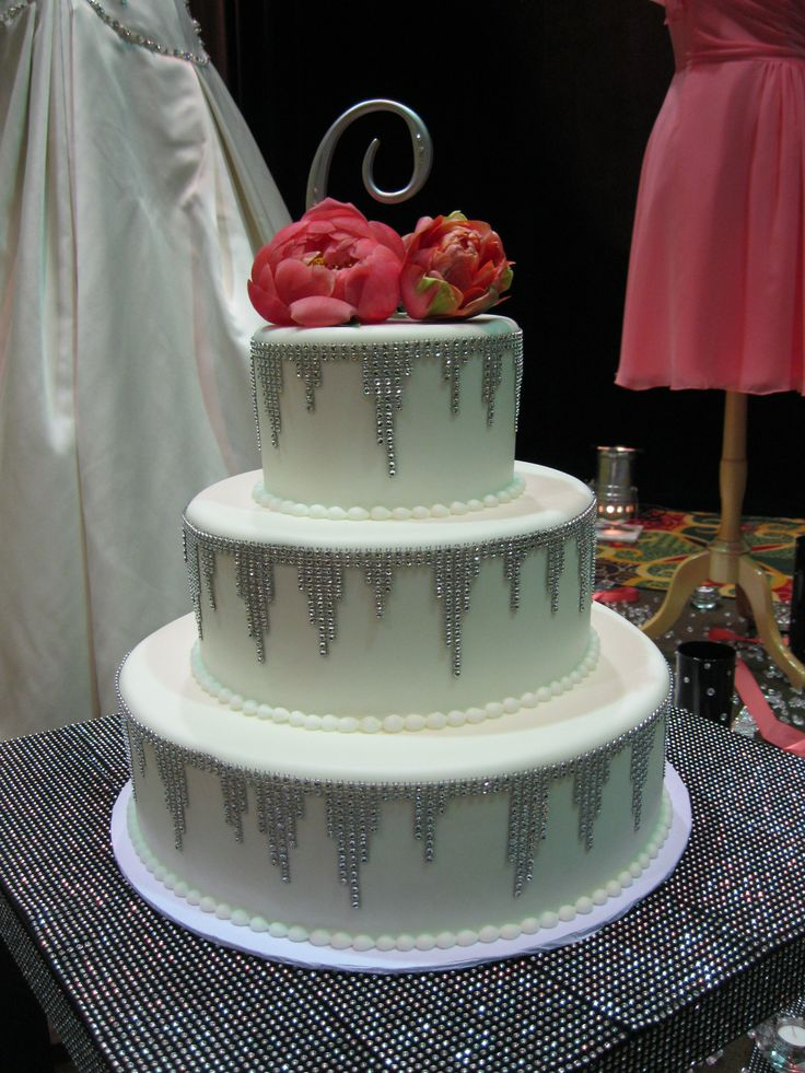 Frost Cake buttercream wedding cake with