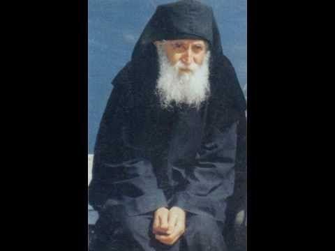 ▶ Паисий Святогорец - Помощь в начале духовной борьбы - YouTube