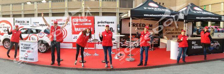 Carpas estampadas para la Autoescuela Freedom de Barcelona, carpas plegables de 3x3m