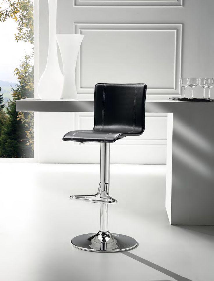 Oltre 25 fantastiche idee su tavoli da bar su pinterest - Sgabelli da bar ikea ...