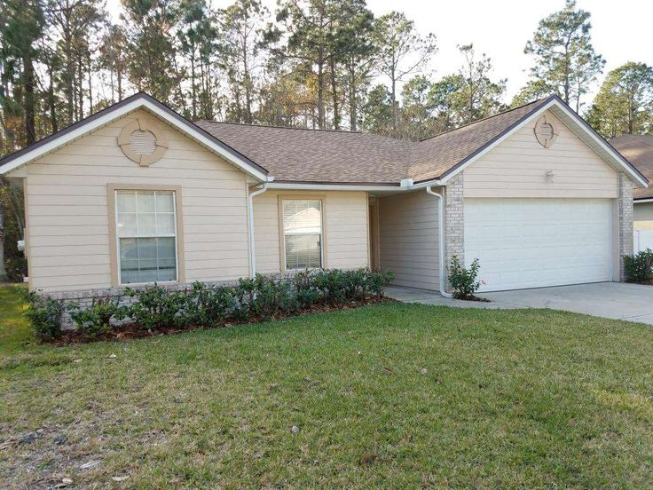 Where can you get ... a home in the most sought after County in FL UNDER $200k? RIGHT HERE! NATURE PRESERVE lot; UPDATED Kitchen w/granite countertops, CABINETS w/decorative molding; NEW Master Shower; NEW ROOF w/upgraded shingles; Covered Back Lanai; FP; Extended Lanai (see pics); St Johns County Schools (Top Rated in FL);MORE PICS COMING!