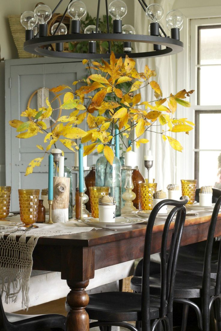 228 best dining spaces i love images on pinterest dining room amber and aqua vintage dining table thanksgiving style