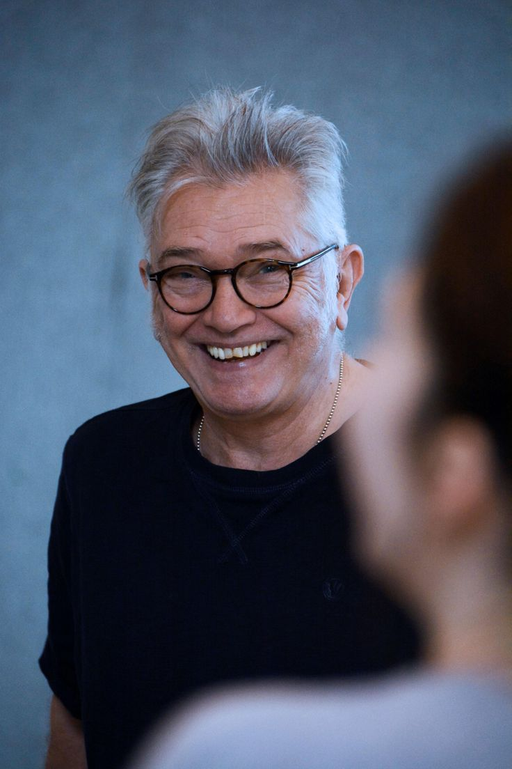 The Adver weighs up the pros and cons of Hobson's Choice with Judge John Deed actor Martin Shaw