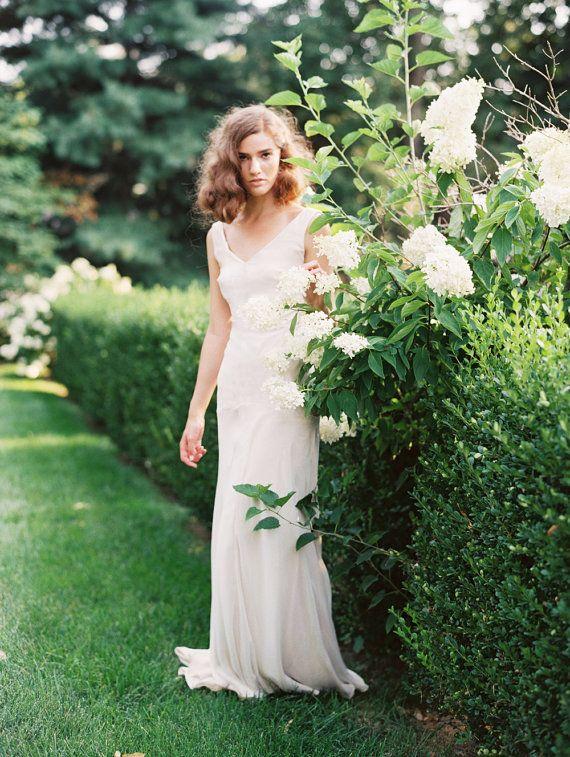 Wedding Dress in Shimmery Silk Chiffon Lamé от JillianFellers