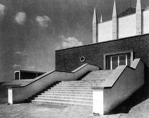arnošt wiesner - city crematorium, brno, 1925