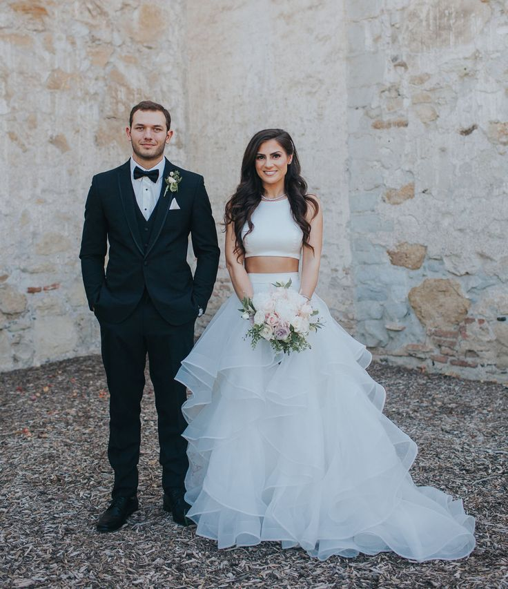 This two piece wedding dress is perfectly complemented by the minimalistic jewelry – such an elegant way to rock this style. // Geometric Garden Wedding