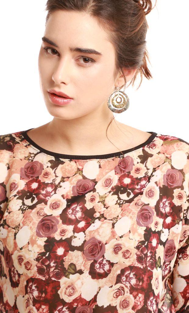 Blusa de gasa estampada en motivo floral con mangas 3/4 y cuello redondo. Más info: http://www.fashion-delivery.com/index.php?id_product=296&controller=product#.U8BEdvl5P9s