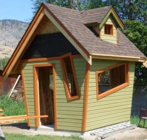 the crooked little house: Heres a unique handmade little garden shed - a local carpenter worked on this challenging project for his sister who wanted a tiny and completely handmade office/studio/hangout...