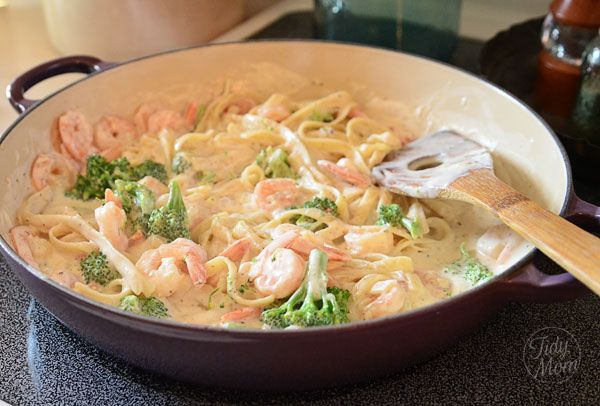 Shrimp & Broccoli Fettuccine with Philadelphia Cooking Creme
