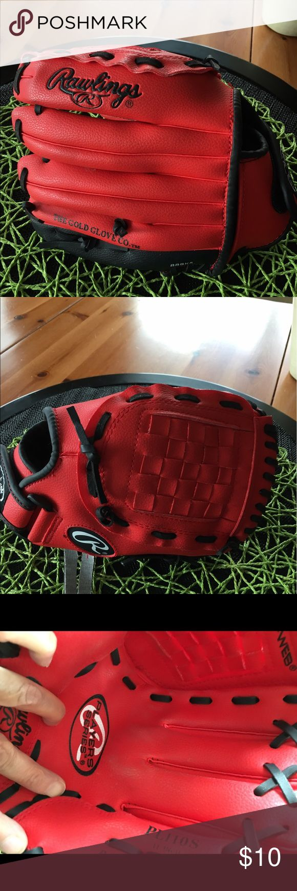 Youth baseball glove Red youth baseball glove. Used for 1/2 season like brand new. Not leather. Great for someone just starting out Other
