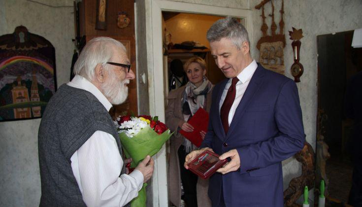 Архитектора Орфинского наградили медалью за заслуги перед ...