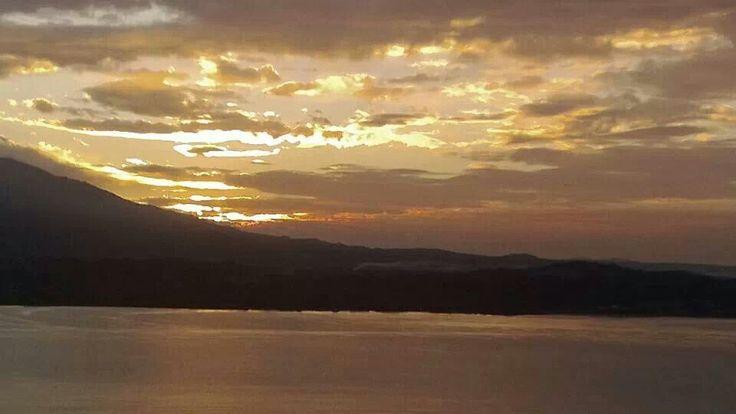 L'alba di questa mattina a #Belgirate ( #Verbania #Piedmont #Italy ) #sunrise