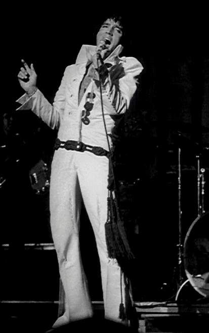 Elvis at his Miami concert , september 12 1970.