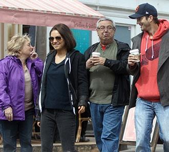 Ashton Kutcher: Γνώρισε τους γονείς της Mila!