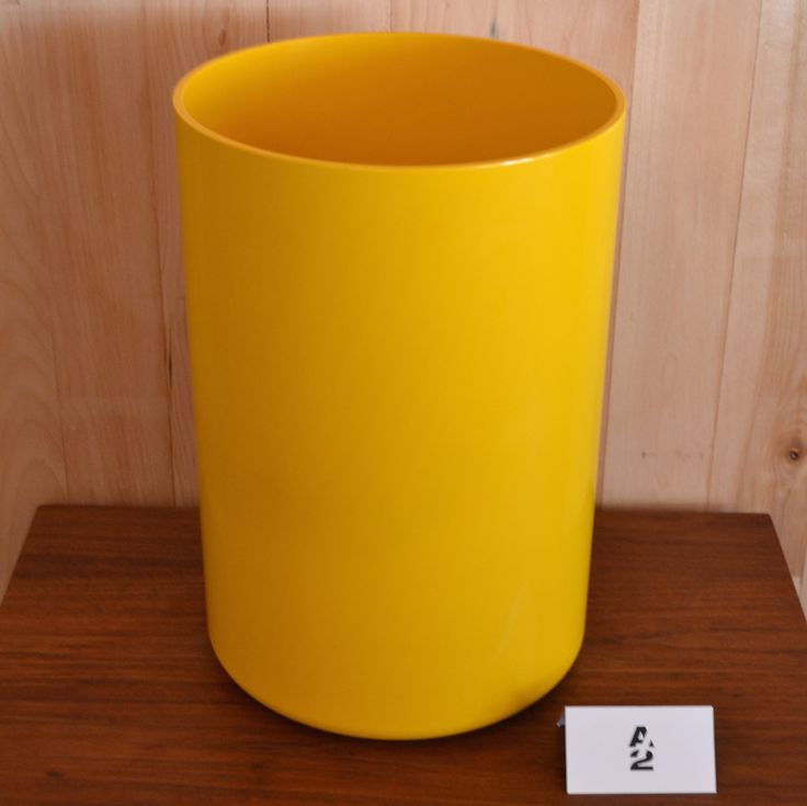 les 25 meilleures id es de la cat gorie poubelle jaune sur pinterest poubelle cuisine tiroir. Black Bedroom Furniture Sets. Home Design Ideas