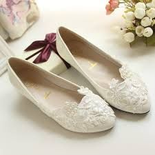 Risultati immagini per scarpe da sposa basse 2015