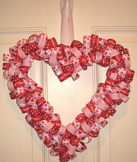 ribbon wreath: Heart Wreaths, Ribbons Wreaths, Valentines Day, Valentine'S Heart, Valentines Wreaths, Front Doors, Wreaths Ideas, Valentine Day Wreaths, Valentine Wreath