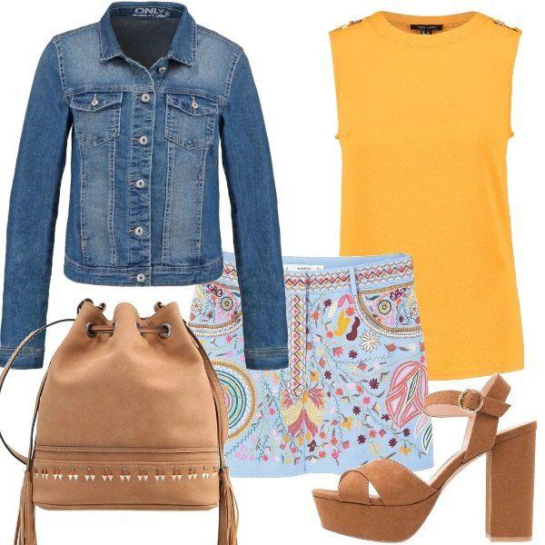 La minigonna con decorazioni colorate in stile folk è protagonista di questo outfit. Ho abbinato una canotta senape con applicazioni, giubbotto di jeans corto, a maniche lunghe, borsa a tracolla con nappe e ricami decorativi, sandali con zeppa color cuoio.