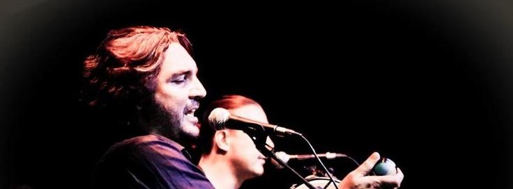 """Cantautorato naif e folk psichedelico per un disco in grado di narrare con leggerezza contrasti, fusioni interculturali e voglia di libertà. Amore ed esotismo si intrecciano lasciando spazio ad affreschi di vita contemporanea. La nebbia dell'Emilia, il sole caldo di Roma e le atmosfere suggestive dell'Africa sono il contenitore da cui i M'ors attingono le loro idee. Guarda il nuovo video dei M'ORS """"Rock-co-co-co"""" su Primoitalia nella sezione Musica – Lunatik Novità! Quando vuoi tu, dove vuoi…"""