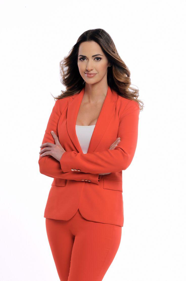 """Noticias Telemundo anunció hoy la incorporación de la galardonada periodista mexicana Paulina Sodi como presentadora de noticias en el programa """"Un Nuevo Día""""."""