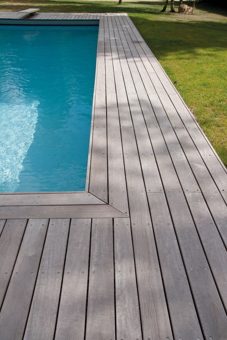 gorgeous decking...Tour de piscine en massaranduba
