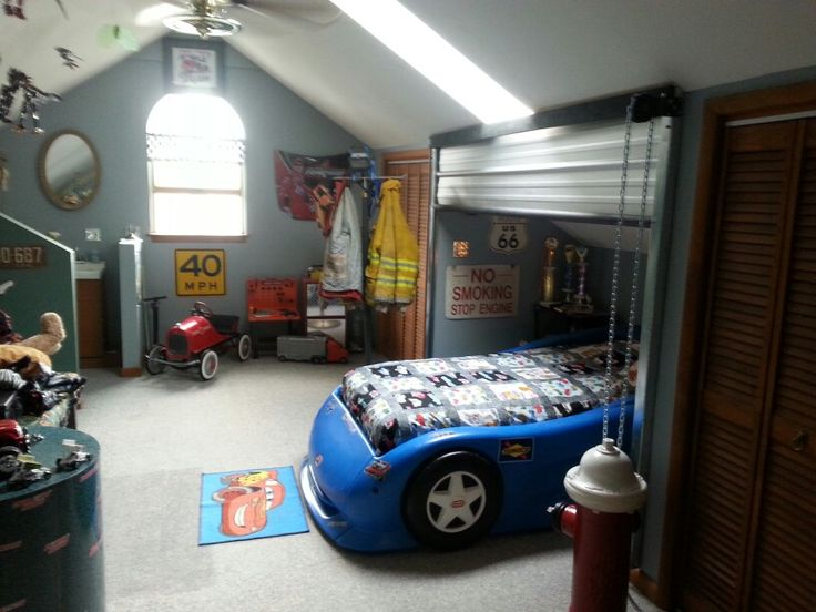 garaged theme bedroom garage themed bedroom pinterest