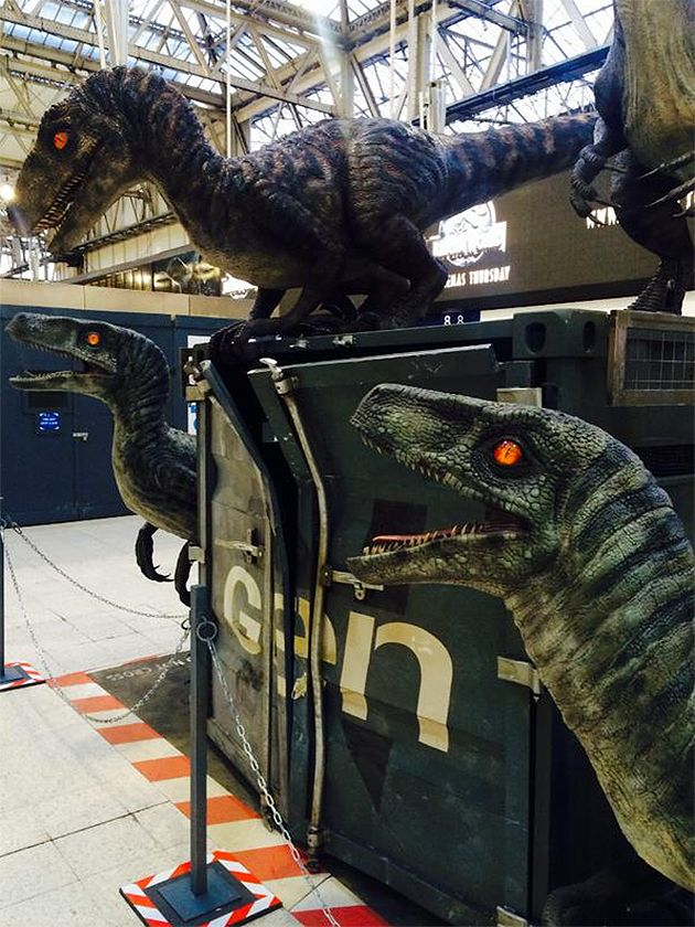 Die Raptoren sind los! Promo-Aktion für Jurassic World in London