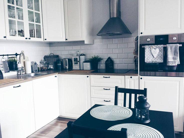 Https Www Instagram Com P Bs3kptxbtkc Home Home Decor Kitchen Cabinets