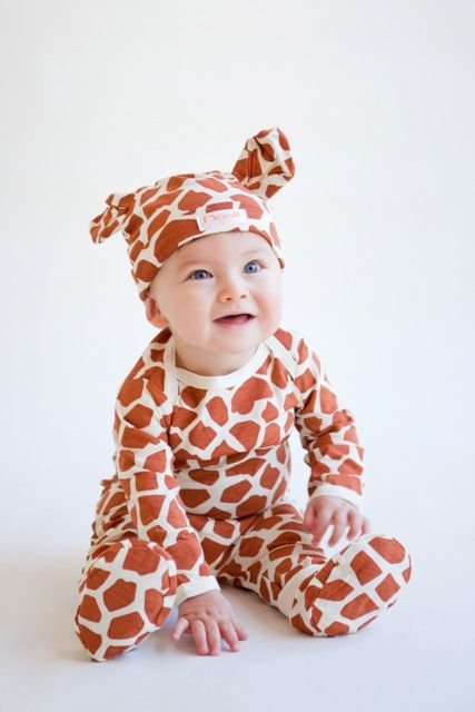 Giraffe outfit for baby...