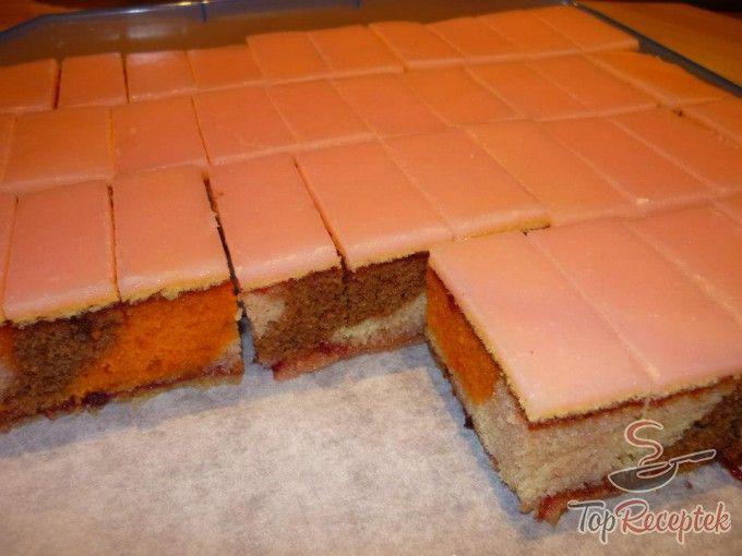 Puncsos sütemény háromszínű tésztából