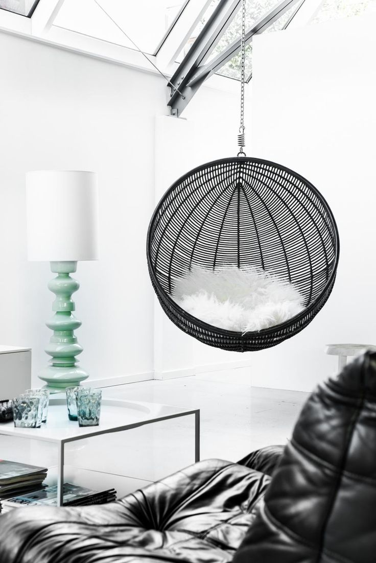 Hangstoel Bal - Zwart - Rotan - HK Living