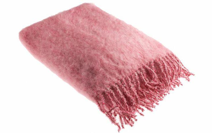 Härligt hemma   Värm dig med vinterns finaste filtar och fällar