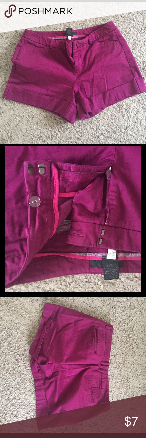 Fuscia Stretch Shorts from Target Fuscia Mossimo stretch shorts from Target. Size: 10, 98% cotton, 2% spandex. Worn but still in decent condition. Mossimo Supply Co Shorts Cargos