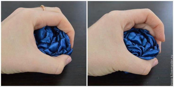 У меня огромное пристрастие к пионам, и поэтому хочу вам показать, как сделать большой пион причудливого синего цвета! Для работы потребуется: - ножницы; - свеча; - клеевой пистолет; - атласная лента шириной 50 мм (в моем случае синего цвета). Атласную ленту нарезаем кусочками длиной 6 см. Примерно 40 шт. Действует все то же правило: Чем больше лепестов — тем больше и пышнее цветок.