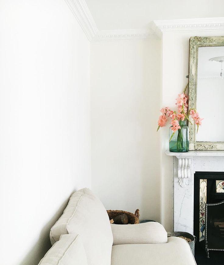 Dulux Jasmine White Walls White Wall Bedroom Dulux